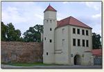 Krosno Odrzańskie - brama z wieżą schodową