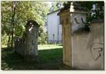Łodygowice - boczna brama