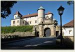 Nowy Wiśnicz - wejście do zamku