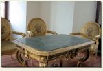 Nowy Wiśnicz - ozdobny stolik