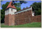Olkusz - zrekonstruowany fragment murów obronnych