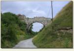 Ossolin - łuk mostu nad drogą
