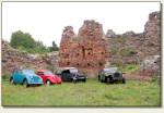 Stare Drawsko - zabytkowe samochody w zamku